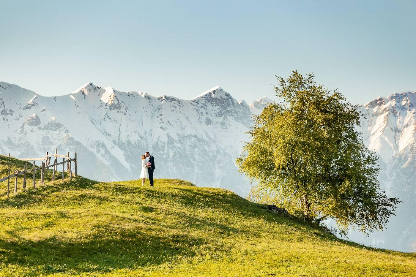 aschenputtel-hochzeitsfotograf-nordkette-bergkulisse-tirol