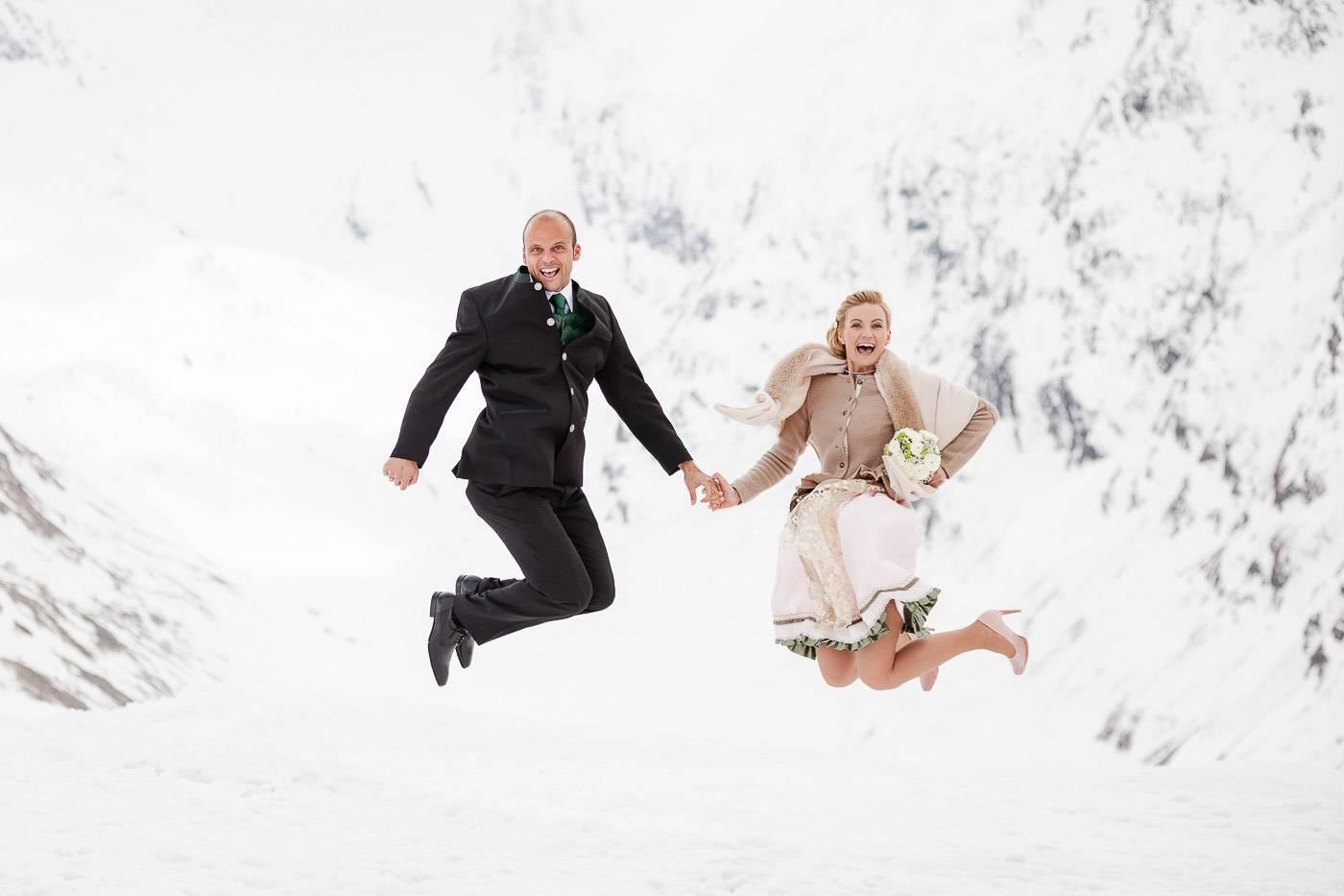 aschenputtel-hochzeitsfotograf-winterhochzeit-hohe-mut-alm-obergurgl-tirol