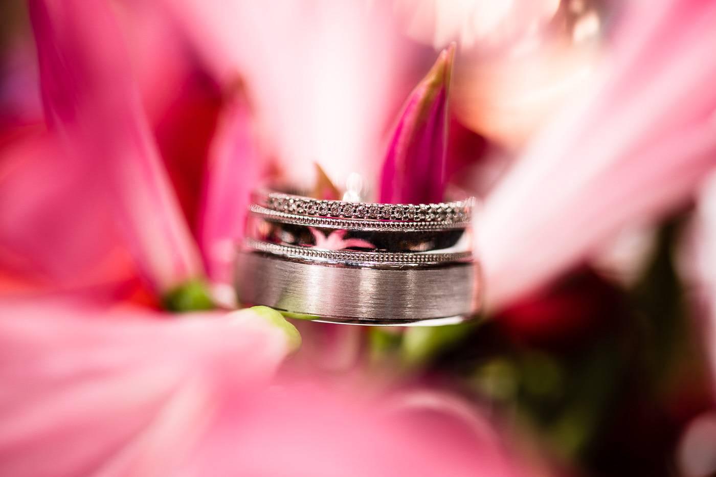 aschenputtel-hochzeitsfotograf-ringfotos-sichtbar-fuegen-tirol